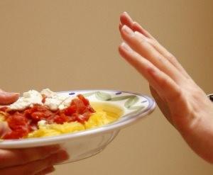 Причины вздутия живота после приема пищи