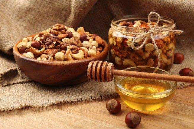 орехи мед